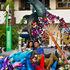 Entre globos, delfines y rehiletes