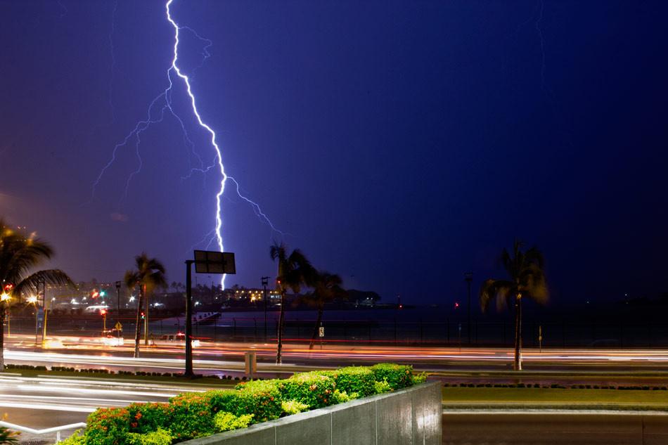 Lightning – Rayo